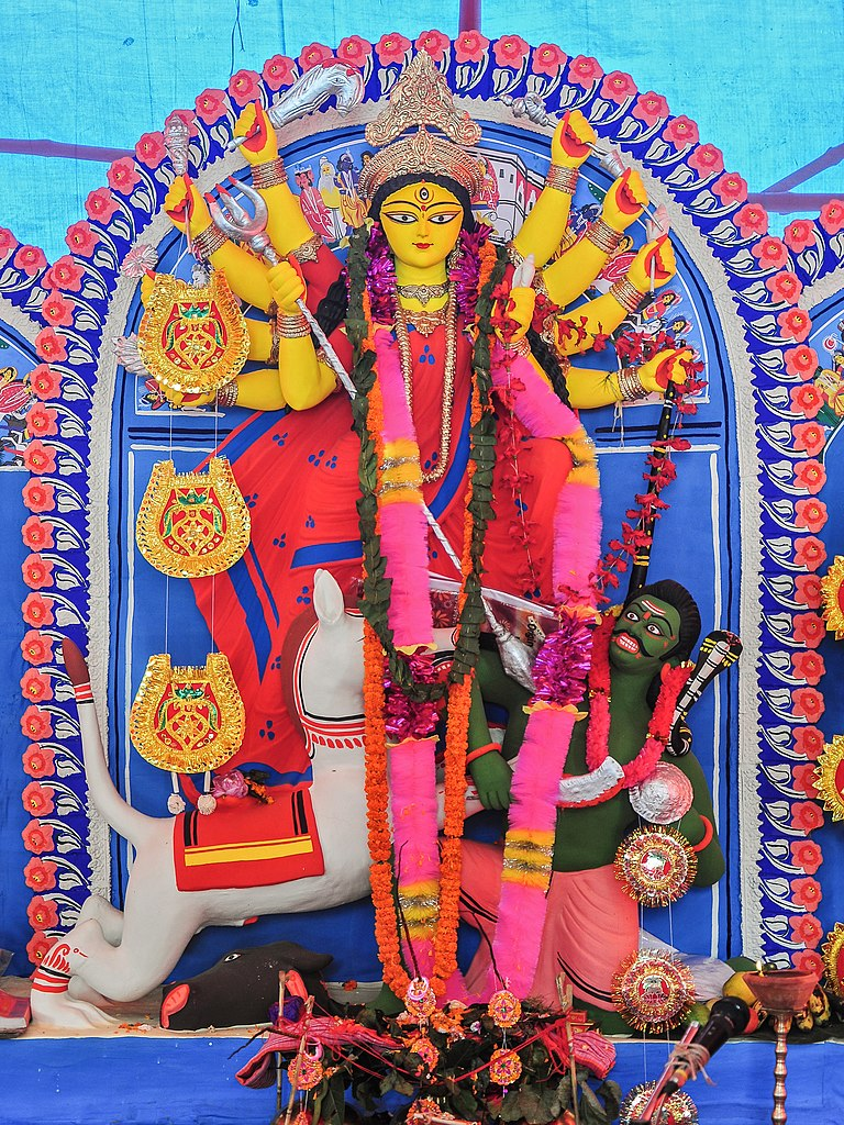Burdwan India  city photos gallery : Durga, Burdwan, West Bengal, India 21 10 2012 05 Wikimedia ...