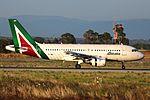 EI-IMH - Airbus A319-112 - Alitalia (27594306492).jpg