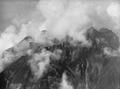 ETH-BIB-Pilatus mit Wolken verhangen v. N. aus 2000 m-Inlandflüge-LBS MH01-000308.tif