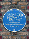 Ebenezer Howard Blue Plaque.JPG