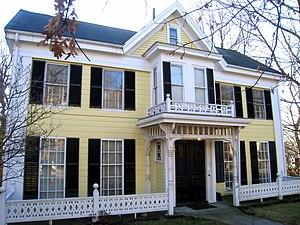 Edward Hornblower House and Barn - Image: Edward Hornblower House and Barn, Arlington MA IMG 2773