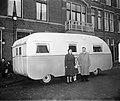 Emigrant artiesten uit Den Haag met woonwagen, Bestanddeelnr 904-4265.jpg