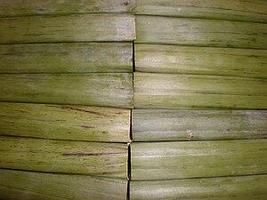 Espasol - Image: Espasol rolls in banana leaves
