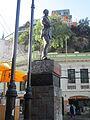 Estataua de Carlos Condell de la Haza, en la plaza Anibal Pinto de Valparaíso.JPG