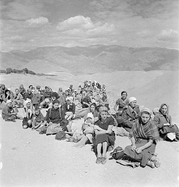 File:Evacuation of Polish Civilians From the Soviet Union To Persia, 1942 E19026.jpg