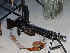 FM 24-24 automatic rifle Invalides 01.jpg