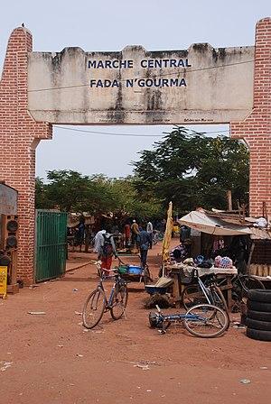 Maurice Yaméogo - A market in Upper Volta.
