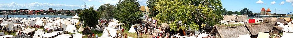 Skansen w Wolinie w czasie XV Festiwalu Słowian i Wikingów