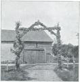 Fig. 4. Port vid vägen nära Hemse.png