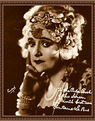 Fontaine La Rue The Blue Book of the Screen.jpg