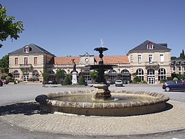 The fountain in the Place de la Pourcaou