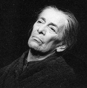 """Helene Weigel - Weigel in 1967, as """"Mother"""" in Bertolt Brecht's play The Mother"""