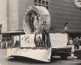 Float (parade) - French Quarter Float