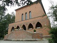 Friedhof Heerstr Trauerhalle 02.jpg