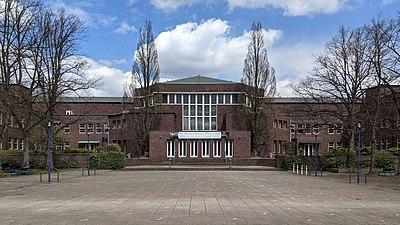 Friedrich-Ebert-Gymnasium Harburg 01.jpg