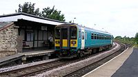 Gainsborough Lea Road Station - train at the platform.jpg