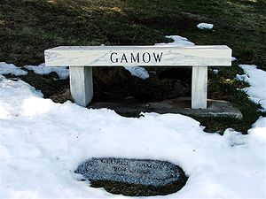 Grave of George Gamow in Green Mountain Cemete...