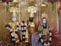 Nara Narayana, Hinduismo Swaminarayan 200px-GatwickMain