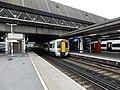Gatwick Airport stn platform 5 look south1.jpg
