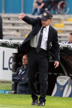 U.S. Città di Palermo - Giuseppe Iachini, formerly a Palermo midfielder in the 1990s, replaced Gattuso as head coach during the 2013–14 season and led the club to a Serie B champions title and broke the highest-Serie-B-point record.