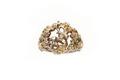 Gjuten ring av förgyllt silver med liggande hjort inom blomkrans i genombrutet arbete - Skoklosters slott - 92284.tif