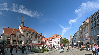 Göttingen - Gänseliesel fountain and pedestrian zone