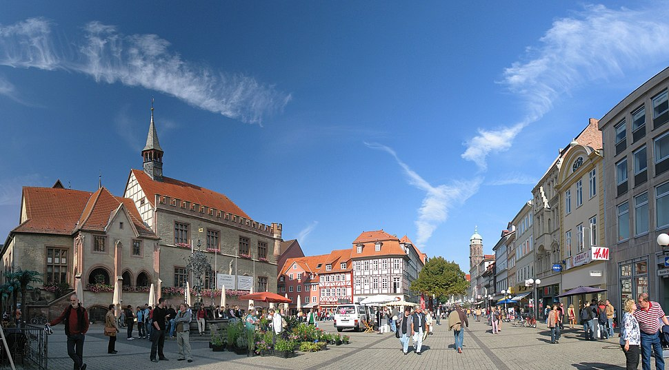 Goettingen Marktplatz Oct06 Antilived