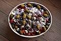 Græsk salat (8552414648).jpg