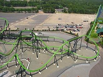 Green Lantern (Six Flags Great Adventure) - Image: Green Lantern track Great Adventure