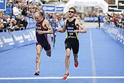 Alan Webb (links) und Gregor Buchholz beim ITU World Triathlon Hamburg, 2014