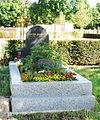 GuentherZ 2012-05-09 0106 Wien11 Zentralfriedhof Grabstein.jpg