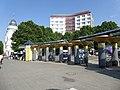 Halensee Henriettenplatz Säulenkolonaden-001.jpg