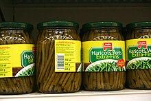 Conserves de haricots verts en bocaux de verre