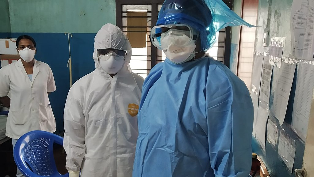 Healthcare workers wearing PPE 03