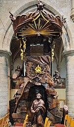 Hekelgem Sint-Michiel preekstoel 3.jpg