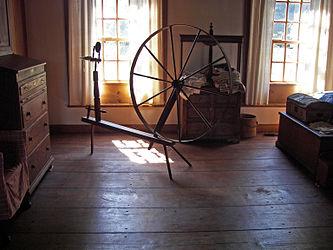 Herkimer House spinning wheel 2.jpg
