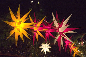 Moravian star - Moravian stars in the Striezelmarkt in Dresden