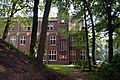 Het voormalige klooster Mariënbosch Zijgevel Art Deco Amsterdamse School Charles Estourgie Nijmegen 1924.jpg