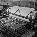 Het zetwerk in de drukpers, Bestanddeelnr 254-5252.jpg