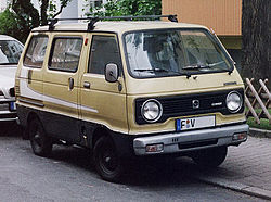 Facelifted Hijet 55 Wide (80-81)