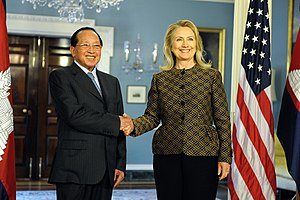 Hor Namhong - Namhong shaking hands with US Secretary of State Hillary Rodham Clinton at the Department of State in Washington, D.C. on 12 June 2012.