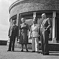 Hoge Veluwe Conferentie Nederlands-Indië ( Prof. Schermerhorn en echtgenote en …, Bestanddeelnr 901-6537.jpg