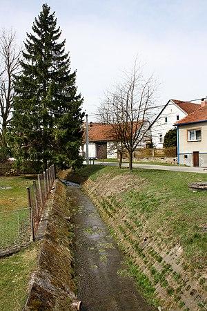 Horní Radslavice - Image: Horní Radslavice, small creek