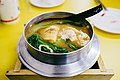Hot pot noodle of Jusen Breakfast Shop, Green Island 20160227.jpg