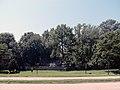 Houses along the George Washington Memorial Parkway.jpg