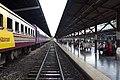 Hualamphong Train Station, central Bangkok. (6032442112).jpg