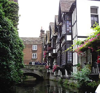 Canterbury - Huguenot weavers' houses near the High Street