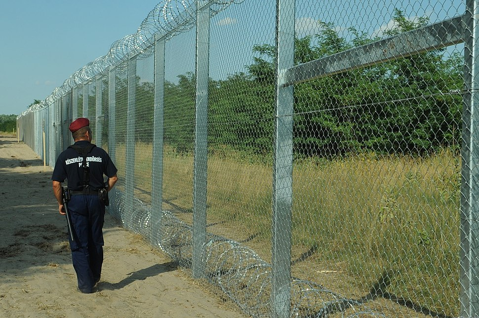 Hungarian-Serbian border barrier 2
