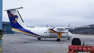 Ilulissat Airport - Image: Ilulissat airport flugfelag islands dash 8