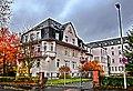"""In diesem Gebäude ,wurden um 1879, die ersten Krankenzimmer eingerichtet """"Mariahilf Krankenhaus"""" - panoramio.jpg"""